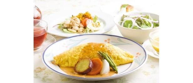 ハーブ&おいしい野菜塾レストランの「サービスランチ」(1500円)は、直営の農場や自家農園で採れた無農薬野菜をふんだんに使ったコース料理
