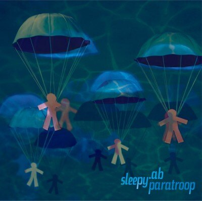 11/25にリリースされるニューアルバム「paratroop」。2月末出荷分までは冬季限定スペシャルプライス(¥2100)盤