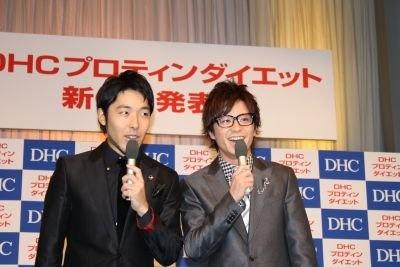 オリエンタルラジオの2人(右・中田 左・藤森)