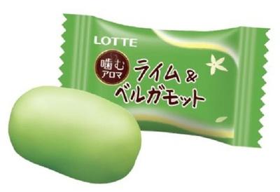 ロッテ独自の技術を採用して噛むたびアロマの香りが楽しめる噛み心地の良いソフトキャンディに仕上げている