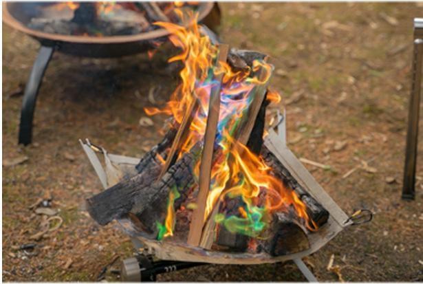 焚き火の楽しみ方は人それぞれ。ルールを守って楽しもう