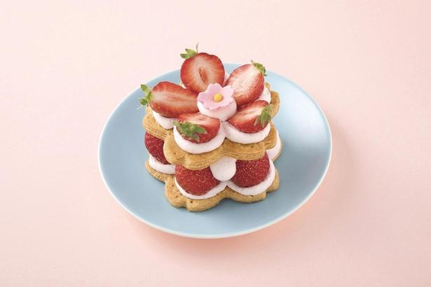 華やかな春を感じさせるスペシャルケーキ「桜いちごミルフィーユ」