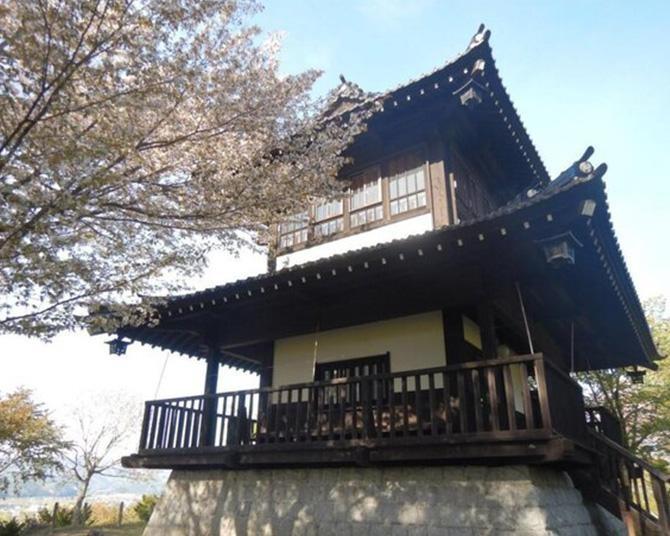 多種多様な桜が咲き誇る、岩手県遠野市の鍋倉公園の桜の見頃は?