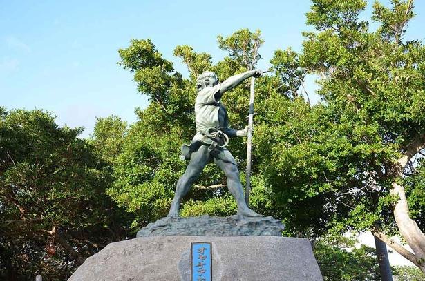 オヤケアカハチ像 石垣市大浜所在 ※展示はパネルのみ