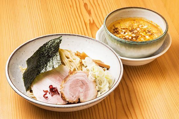 「中華そば 笑歩」の限定麺はゴマと山椒が決め手の和風つけ麺!