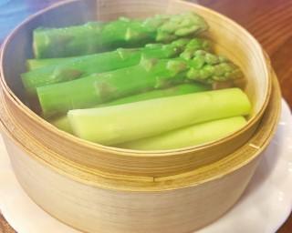 甘みがあって味が濃い会津アスパラを堪能、福島県会津若松市で「あいづ食の陣・春(会津アスパラ)」が開催中