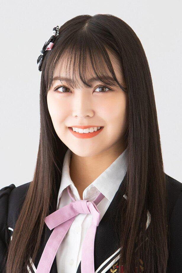 白間美瑠(MIRU SHIROMA)、ニックネーム:みるるん、1期生、生年月日:1997年10月14日、B型、大阪府出身