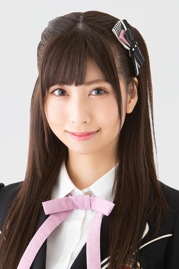 鵜野みずき(MIZUKI UNO)、ニックネーム:みぃーき、2期生、生年月日:1996年10月23日、A型、奈良県出身