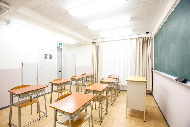 コスプレ撮影スタジオ「HACOSTADIUM cosset」。こちらは教室風のスタジオ
