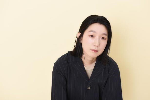 ドラマ「ソロ活のススメ」で、主人公の早乙女恵を演じる江口のりこ