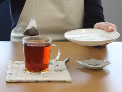 1分間、静かに待つだけで香りも風味も豊かな紅茶が完成!