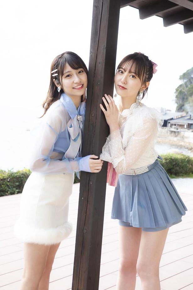 【写真】写真集では、お互いに向けた手書きメッセージも掲載。HKT48森保まどか(右)×山下エミリー(左)