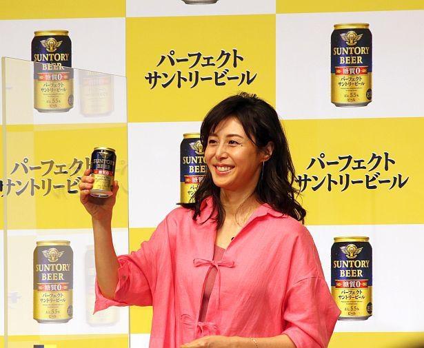 ビールが大好きで、普段からよく飲むという松嶋菜々子
