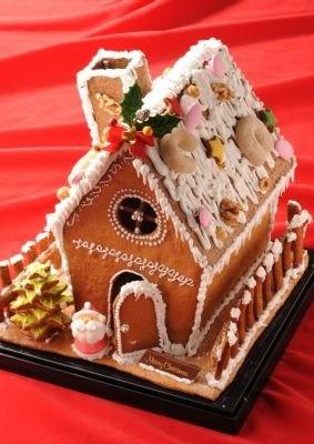 こちらがエモカフェの「お菓子の家」(5台限定)