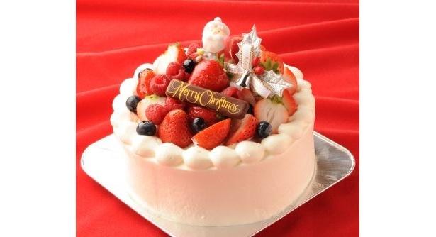 クリスマス予約ケーキも充実! ※写真はフルベジの「あまおうクリスマスショート」(¥3200〜/直径12cm〜)
