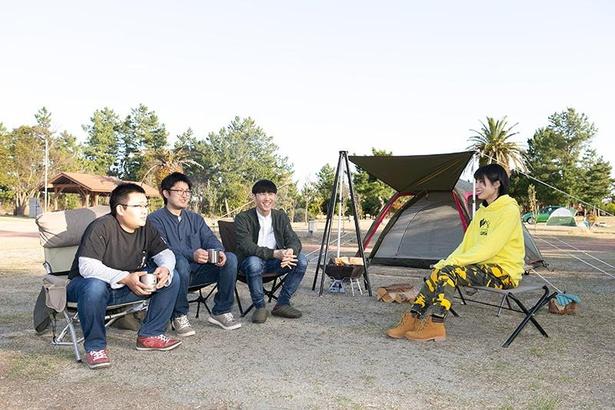 左から中島さん、河合さん、濱田さん。ホームセンターバローの頼れるアウトドア専門スタッフだ