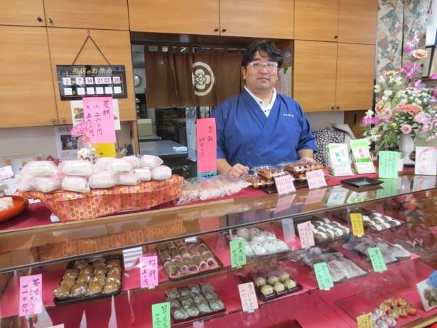 「成増の商店街は人通りが多いので、女性一人でも安心して住めると思います」と語る「田中屋本店」の店主・田中宏信さん