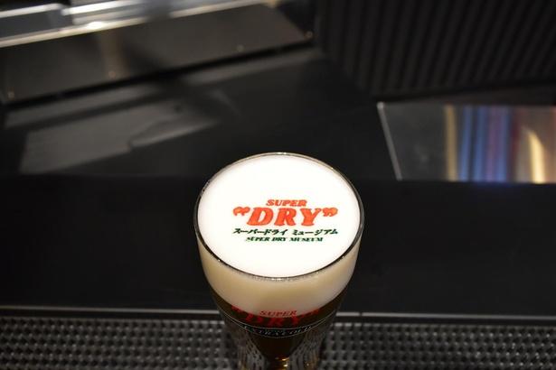 【写真】ビールの泡に文字や画像を描く泡プリンターも
