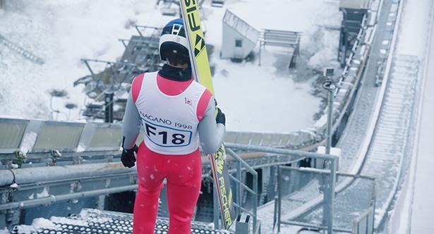 撮影は、実際に長野オリンピックの会場となった長野県白馬ジャンプ競技場にて行われた
