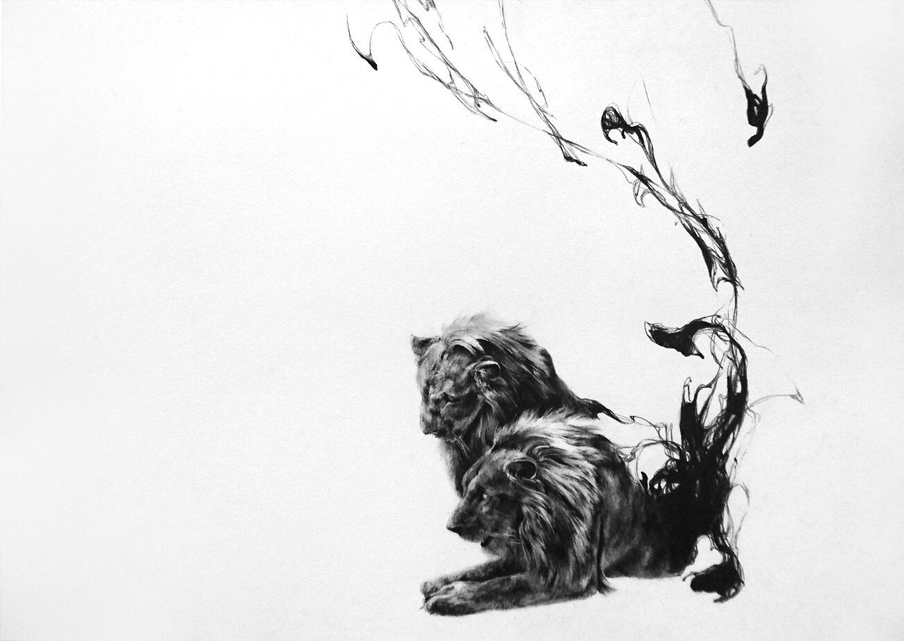 「空白」。2頭の獅子の力強さと儚さが墨で表現されている