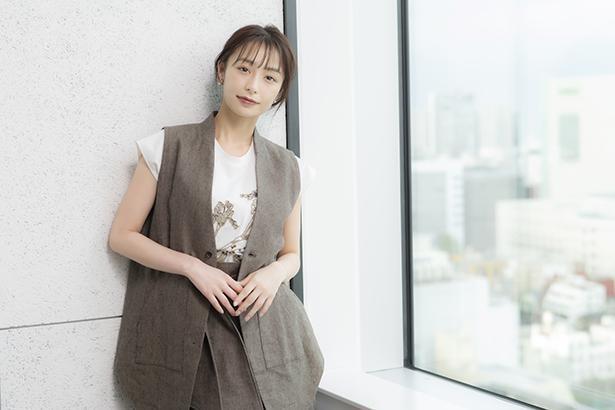 宇垣美里がこよなく愛するチョコレートがテーマのフォトエッセイ「愛しのショコラ」が6月2日(水)に発売