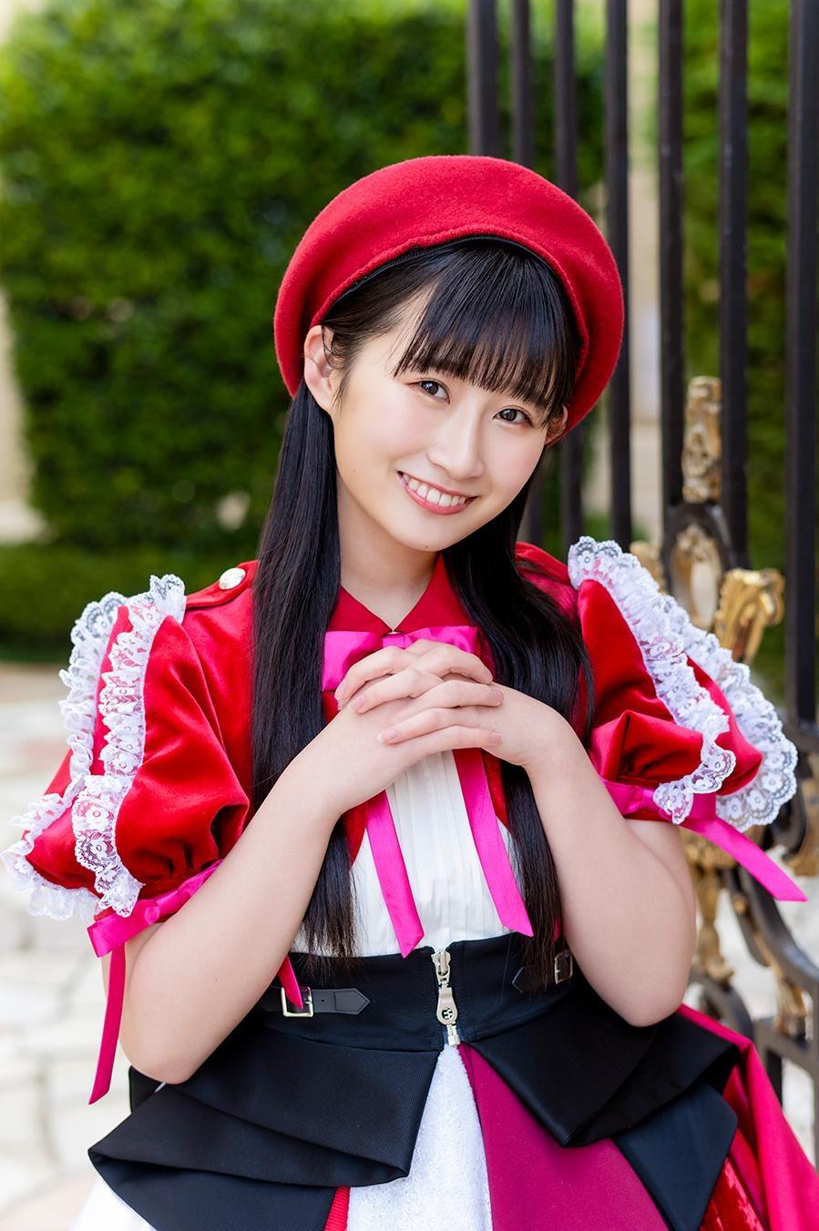 渡邉と同じく6月にグループを卒業する松本愛花