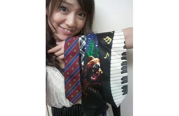 大島さんはネクタイも出品