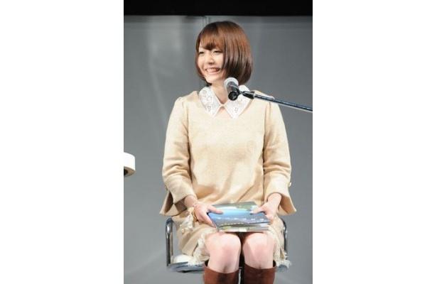 「動く遠子さんは超カワイイ!」と見どころを語った花澤香菜