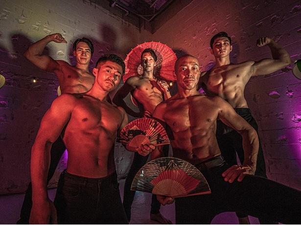 フィットネスと盆踊りが融合した「筋肉盆踊り」
