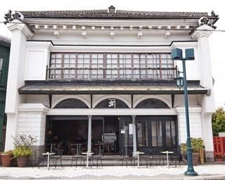 函館「MOSSTREES(モストゥリー)」外観。ほかにもハイカラな雰囲気のカフェはいろいろ……