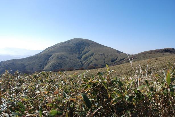 鈴鹿山脈一の渓谷、宇賀渓谷からのハイキングコースが人気の竜ヶ岳