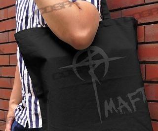 映画公開が待ち遠しい!『閃光のハサウェイ』をモチーフにしたTシャツ&トートバックが登場