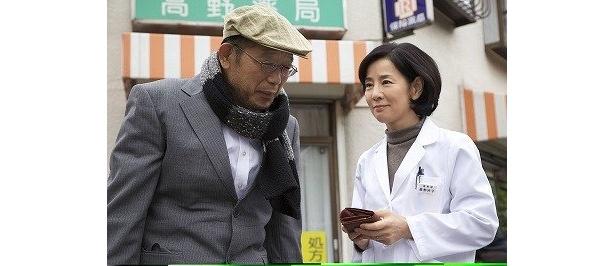 吉永小百合と笑福亭鶴瓶が、姉と弟役で切っても切れない家族の絆を体現