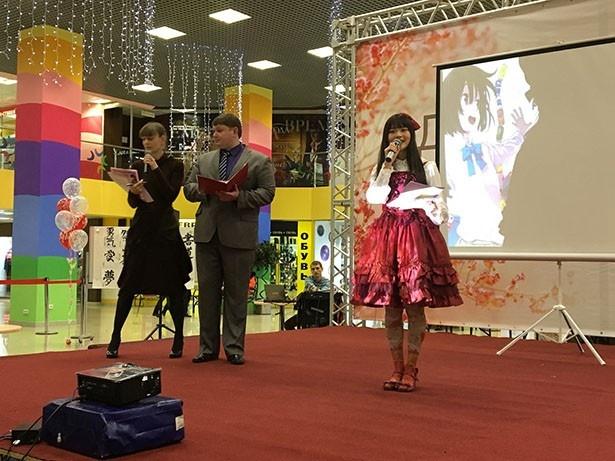 上坂すみれがサハリンの日本文化イベントに声優として初出演!生アテレコも披露