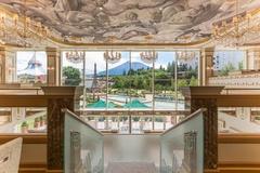 「レ レーヴ サロン・ド・テ」の美しい内観も見どころ