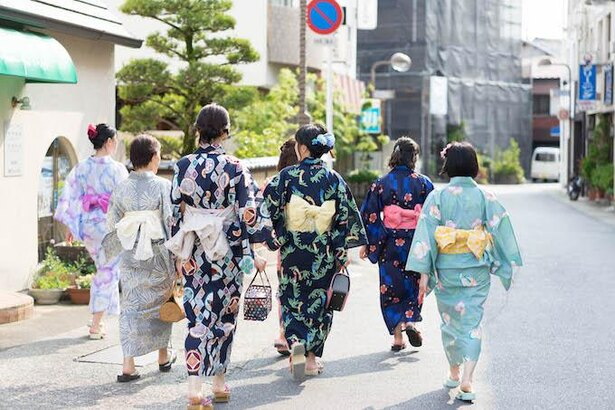 白浜町を浴衣で街めぐりをする「7☆7(ななばた) in 南紀白浜」も開催!