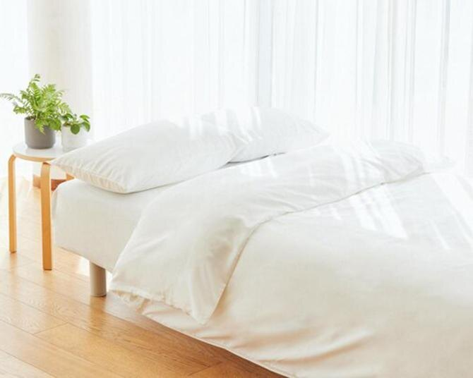 即買い必至!TBS「ラヴィット」で紹介された、菜々緒さんも愛用しているユニクロの「エアリズム寝具」、フェムテック商品の「もっちりクッションシューズ&サンダル」