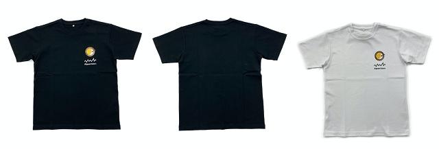 「オリジナルTシャツ」(3289円)。サイズはM・L・XL 、カラーはホワイト・ブラックを展開