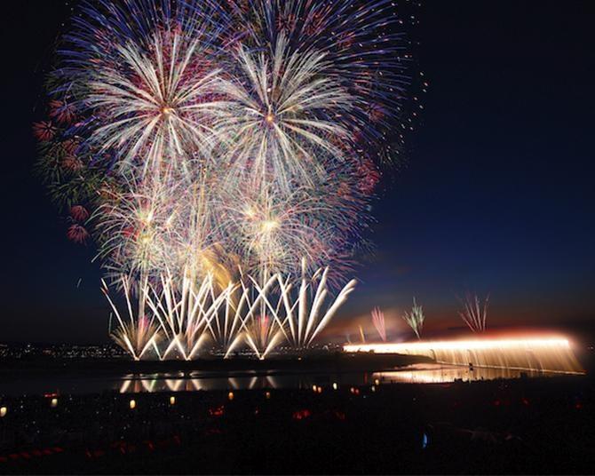 長岡まつり大花火大会の代替開催が決定!2021年はコロナ終息を願い11地域で少数打ち上げ