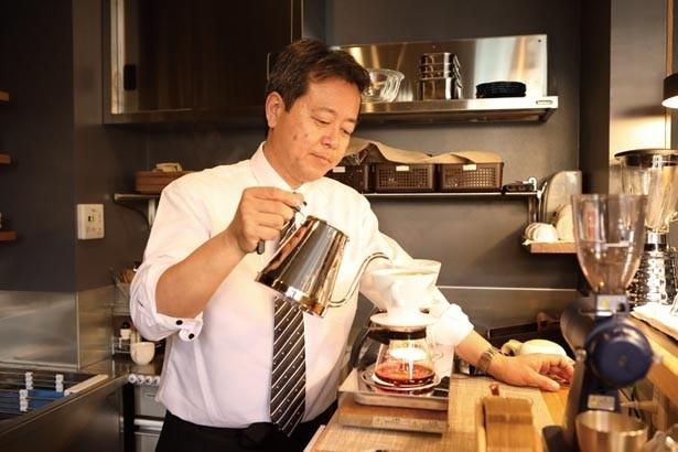 華やかな酸味の高瀬川ブレンドなど、ネーミングも個性的/murmur coffee kyoto