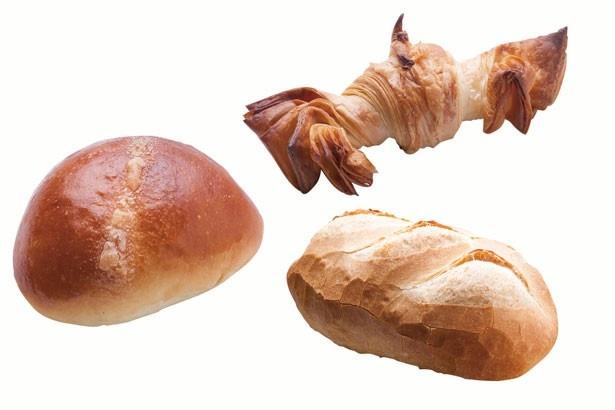 「クリームパン」(180円)。「クロワッサン エクストリーム」(250円)。「コッペ小」(150円)/ブロートバール セセシオン