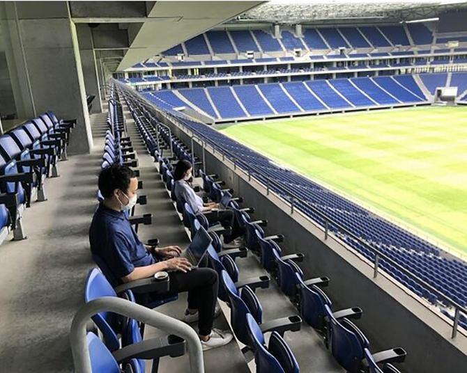 スタジアムがオフィスに?ガンバ大阪がニューノーマルなテレワークプラン「パナスタワーク」を開始!