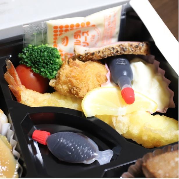 天ぷらや唐揚げなど、ボリューム満点!