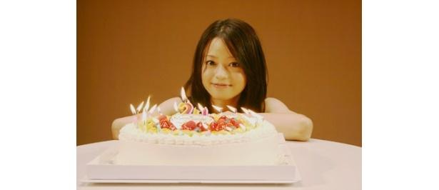 20歳になった小林涼子のバースデーイベントも行われた