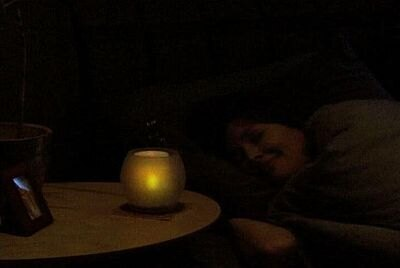 夜はベッドサイドに置けばほのかな灯りが心地よい 【ほか商品画像あり】