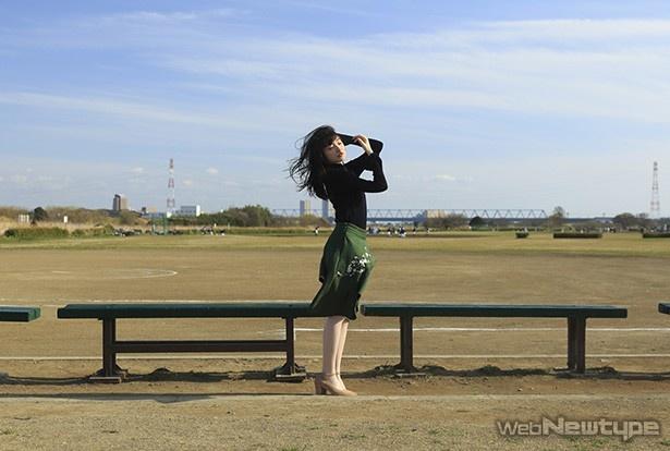上田麗奈フォトコラム・川のほとりで垣間見えた故郷の景色