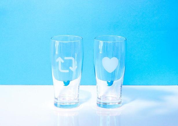 冷たいドリンクを注ぐとリツイート&いいねのマークが現れるグラスは、Twitter公式ノベルティにも。※プレゼントキャンペーンは8月8日に終了