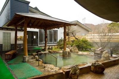 カルデラ濁川温泉保養センター ふれあいの里/露天風呂
