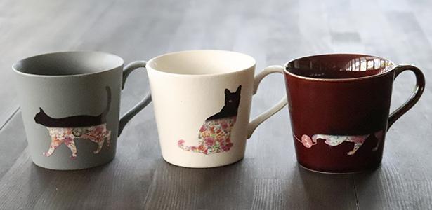 温度で変化するカップ「温感グレーズネコマグ」