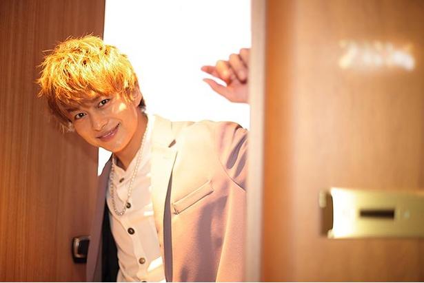 「待ってたよ」とドアから顔を出す小林さん
